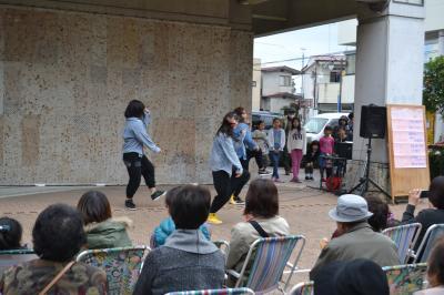 ダンスステージの写真6